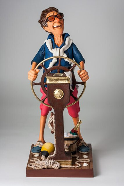 FO85543 The Weekend Captain - Capitaine du Dimanche 1 (Small).jpg
